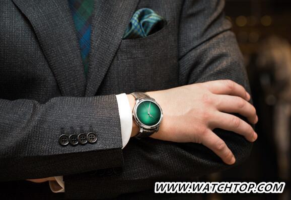 让人眼前一亮 与众不同的绿色腕表