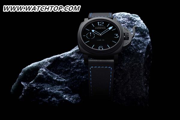 沛纳海PAM0070049毫米3日动力储存碳纤维腕表