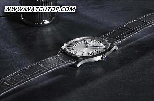 卡地亚2017 SIHH Drive de Cartier超薄腕表