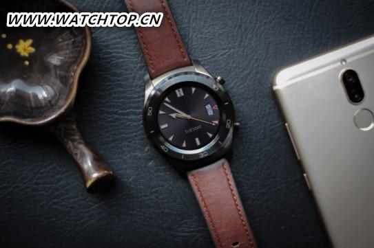 华为发布HUAWEI WATCH 2保时捷 智能手表市场迎新貌
